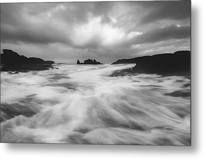 Metal Print featuring the photograph Stormy Morning by Roy  McPeak