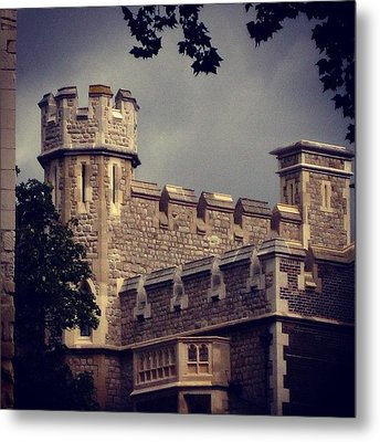 Stormy Skies Over The Tower Of London Metal Print