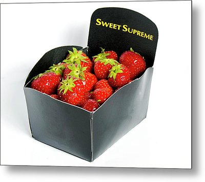 Strawberries In Display Carton Metal Print by Ian Gowland