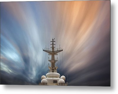 Metal Print featuring the photograph Streaming Clouds Mg_2223 by David Orias