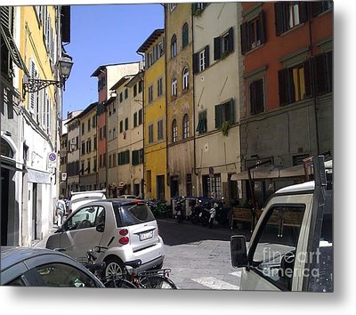 Street In Florence Metal Print by Ted Williams