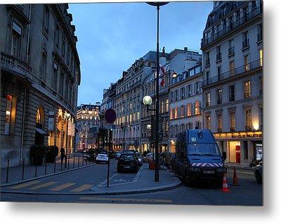 Street Scenes - Paris France - 011331 Metal Print by DC Photographer