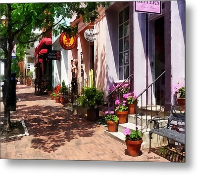 Alexandria Va - Street With Art Gallery And Tobacconist Metal Print
