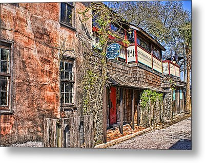 Metal Print featuring the photograph Streets Of St Augustine Florida by Olga Hamilton