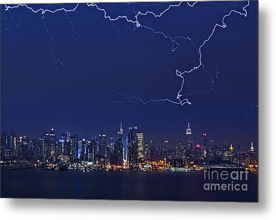 Strikes And Bolts In Nyc Metal Print by Susan Candelario