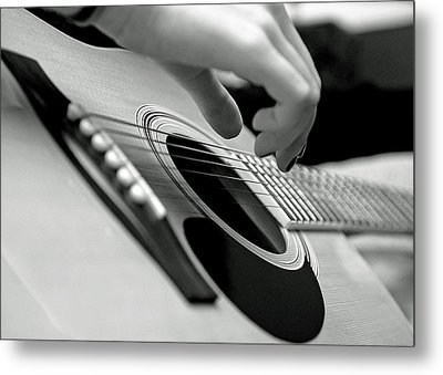 Metal Print featuring the photograph Strum by Lisa Phillips