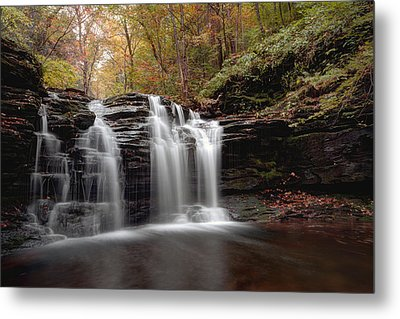 Subtle Fall Hues At Wyandot Falls Metal Print