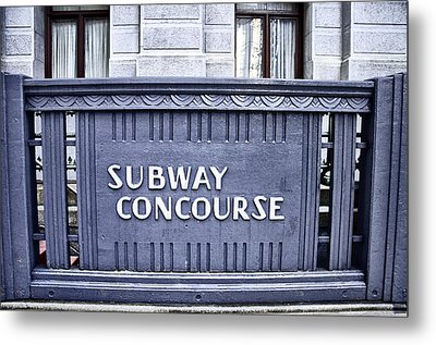 Subway Concourse At City Hall Metal Print by Bill Cannon