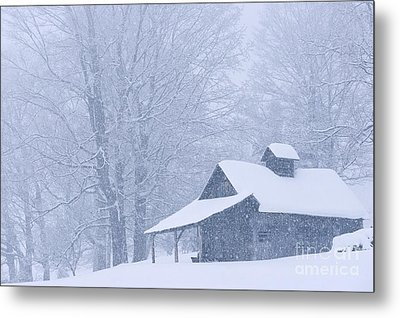 Metal Print featuring the photograph Sugarhouse Snowfall by Alan L Graham