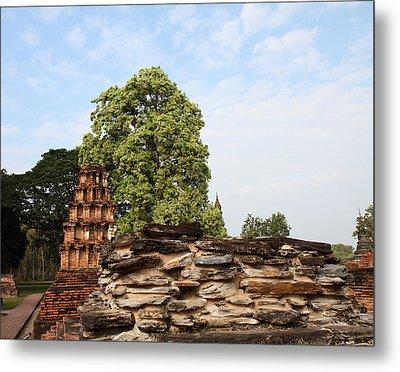 Sukhothai Historical Park - Sukhothai Thailand - 011311 Metal Print by DC Photographer