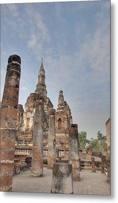 Sukhothai Historical Park - Sukhothai Thailand - 011324 Metal Print by DC Photographer