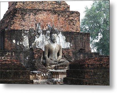 Sukhothai Historical Park - Sukhothai Thailand - 01133 Metal Print by DC Photographer