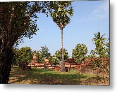 Sukhothai Historical Park - Sukhothai Thailand - 011367 Metal Print by DC Photographer