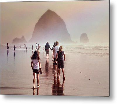 Metal Print featuring the photograph Summer At The Seashore  by Micki Findlay