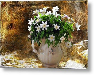 Spring Bouquet Metal Print by Randi Grace Nilsberg