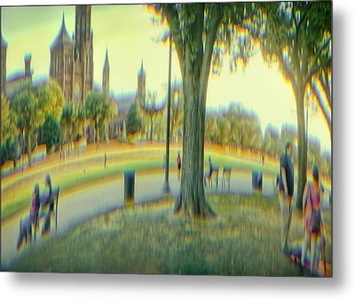 Summer On The Mall Metal Print