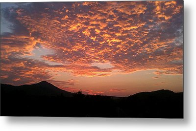 Sun Rise Colors Metal Print by Kiara Reynolds