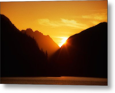 Sun Set Over The Lake Metal Print