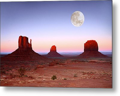 Sundown On The Buttes In Monument Valley Arizona Metal Print by Katrina Brown
