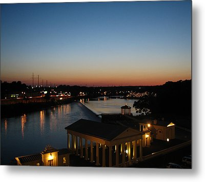 Metal Print featuring the photograph Sundown On The Schuylkill by Christopher Woods