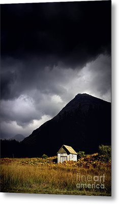 Abandoned Shack Metal Print by Craig B