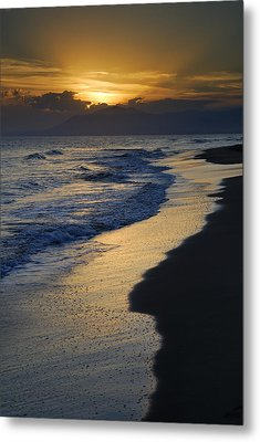 Sunrays Over The Sea Metal Print by Guido Montanes Castillo