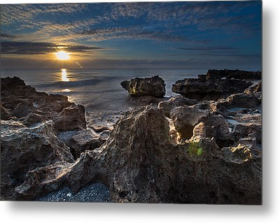 Sunrise At Coral Cove Park In Jupiter Metal Print by Andres Leon