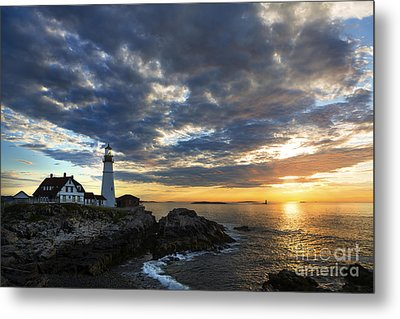 Sunrise At Portland Head Light Metal Print by Diane Diederich