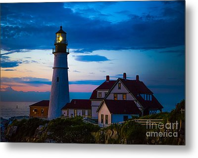 Sunrise At Portland Head Lighthouse Metal Print by Diane Diederich