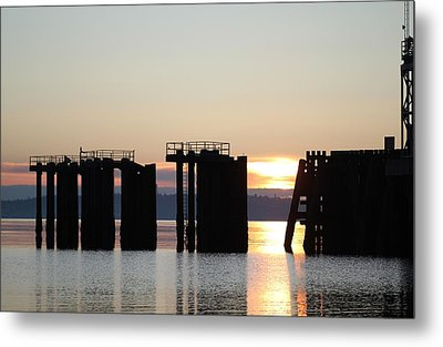 Metal Print featuring the photograph Southworth Ferry Pilling At Dawn by E Faithe Lester
