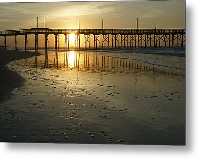 Sunrise At The Jolly Roger Pier Metal Print by Mike McGlothlen