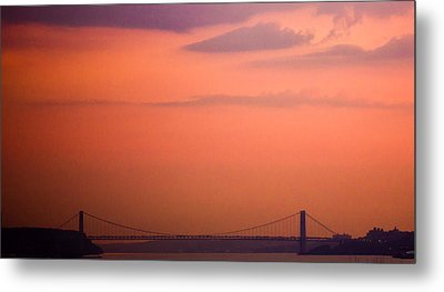 Sunrise In New York Metal Print by Sara Frank