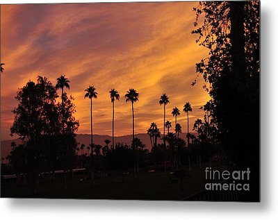 Sunrise Looking East Towards Mecca Metal Print by Jay Milo