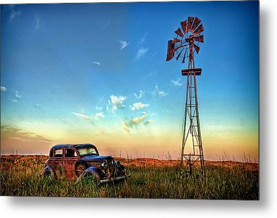 Metal Print featuring the photograph Sunrise On The Farm by Ken Smith