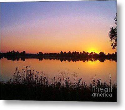 Sunrise On The Lake Metal Print