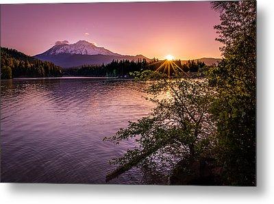 Sunrise Over Lake Siskiyou And Mt Shasta Metal Print by Scott McGuire