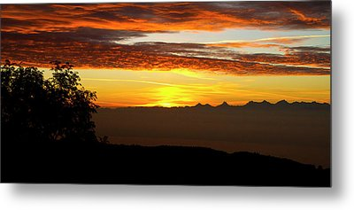 Metal Print featuring the photograph Sunrise Over The Alps by Charles Lupica