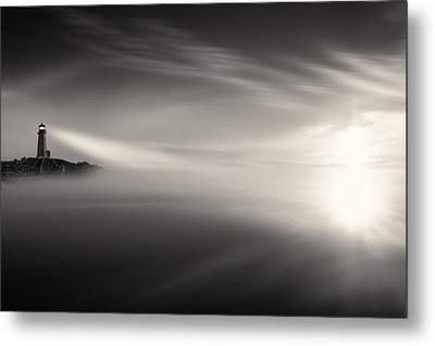 Sunrise Over The Sea Metal Print