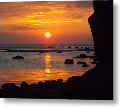 Sunrise Therapy Metal Print by Dianne Cowen