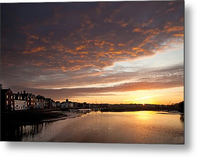 Sunrise Wivenhoe Metal Print by David Davies