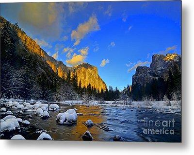 Sunrise Yosemite Valley Metal Print