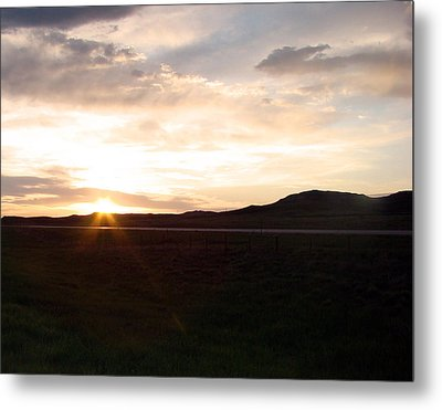 Metal Print featuring the photograph Sunset Across I 90 by Cathy Anderson