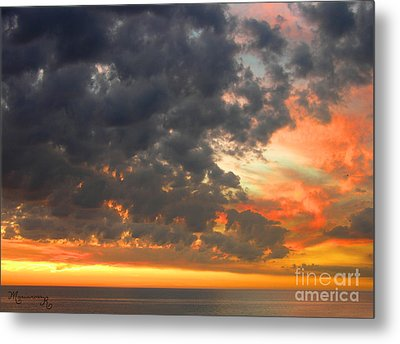 Metal Print featuring the photograph Sunset And Clouds by Mariarosa Rockefeller