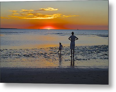 Sunset At Mindil Beach Metal Print by Venetia Featherstone-Witty