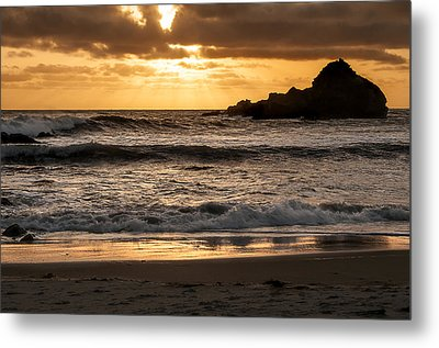 Metal Print featuring the photograph Sunset At Pfeiffer State Beach by Lee Kirchhevel