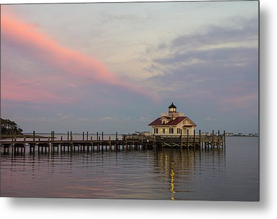 Sunset At The Lighthouse Metal Print by Gregg Southard