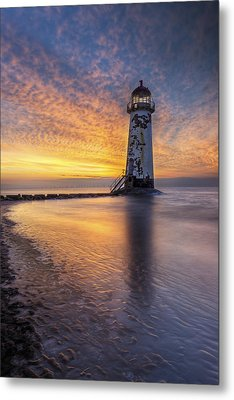 Sunset At The Lighthouse Metal Print by Ian Mitchell