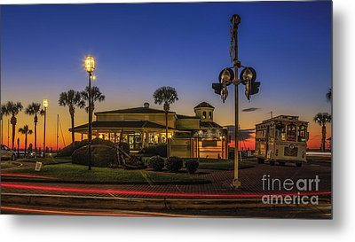 Metal Print featuring the photograph Sunset Diner by Paula Porterfield-Izzo
