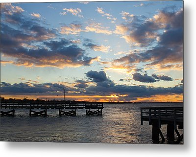 Metal Print featuring the photograph Sunset From The Fishing Piers by Jose Oquendo