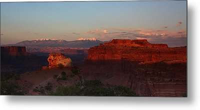 Sunset In Canyonlands National Park Metal Print